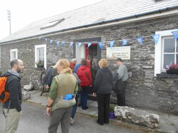 O Driscoll Clan arrive at Cape Clear Heritage Centre 2015